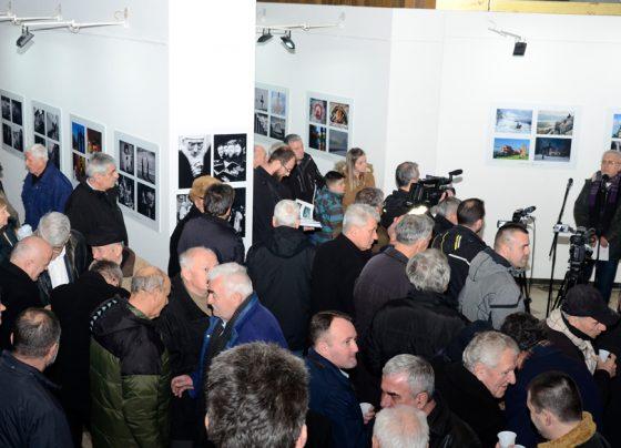 """Изложба фотографија """"Православље"""" отворена у Дому културе Пријепоље"""