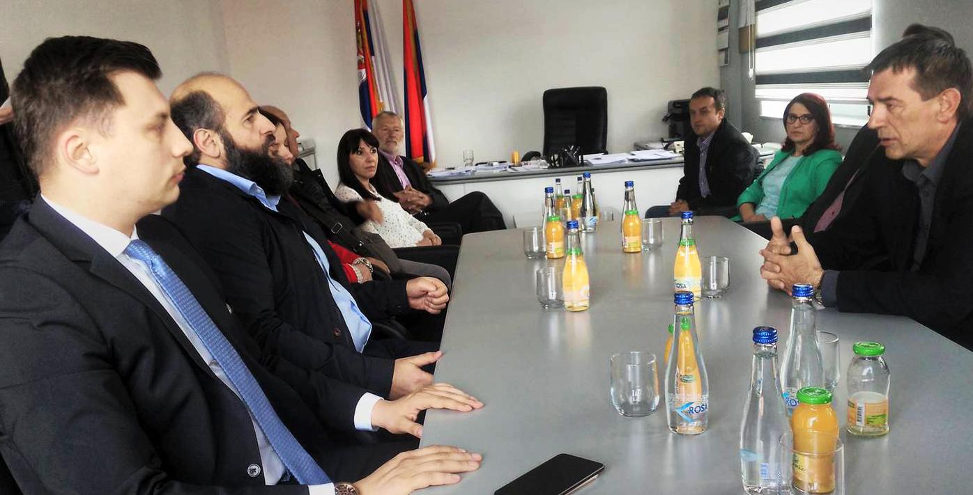 (ВИДЕО): Муамер Зукорлић у Пријепољу позвао бираче да гласају за Александра Вучића