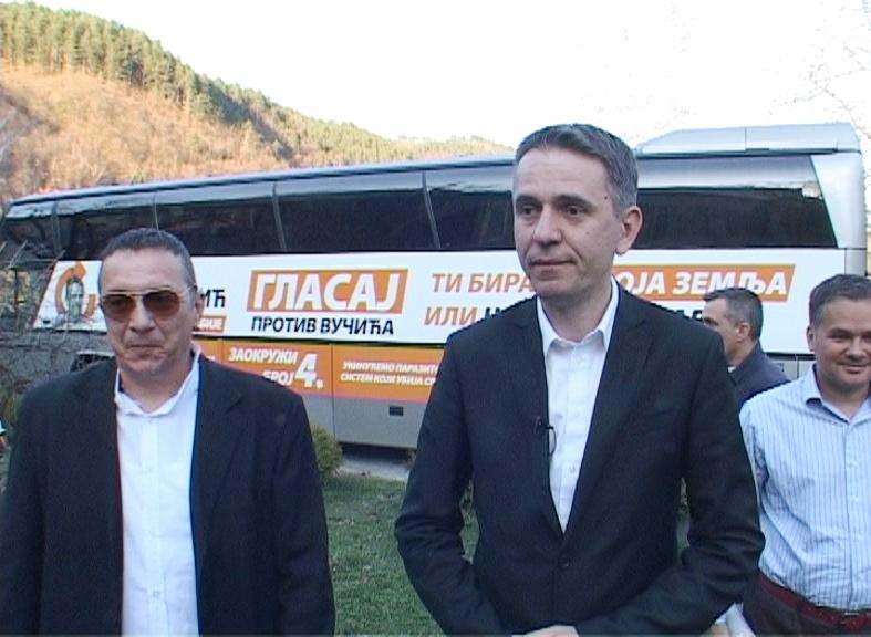 Председнички кандидатСаша Радуловићу Пријепољу: Ти бираш, ово је твоја земља, а не Вучићева корумпирана партијска држава