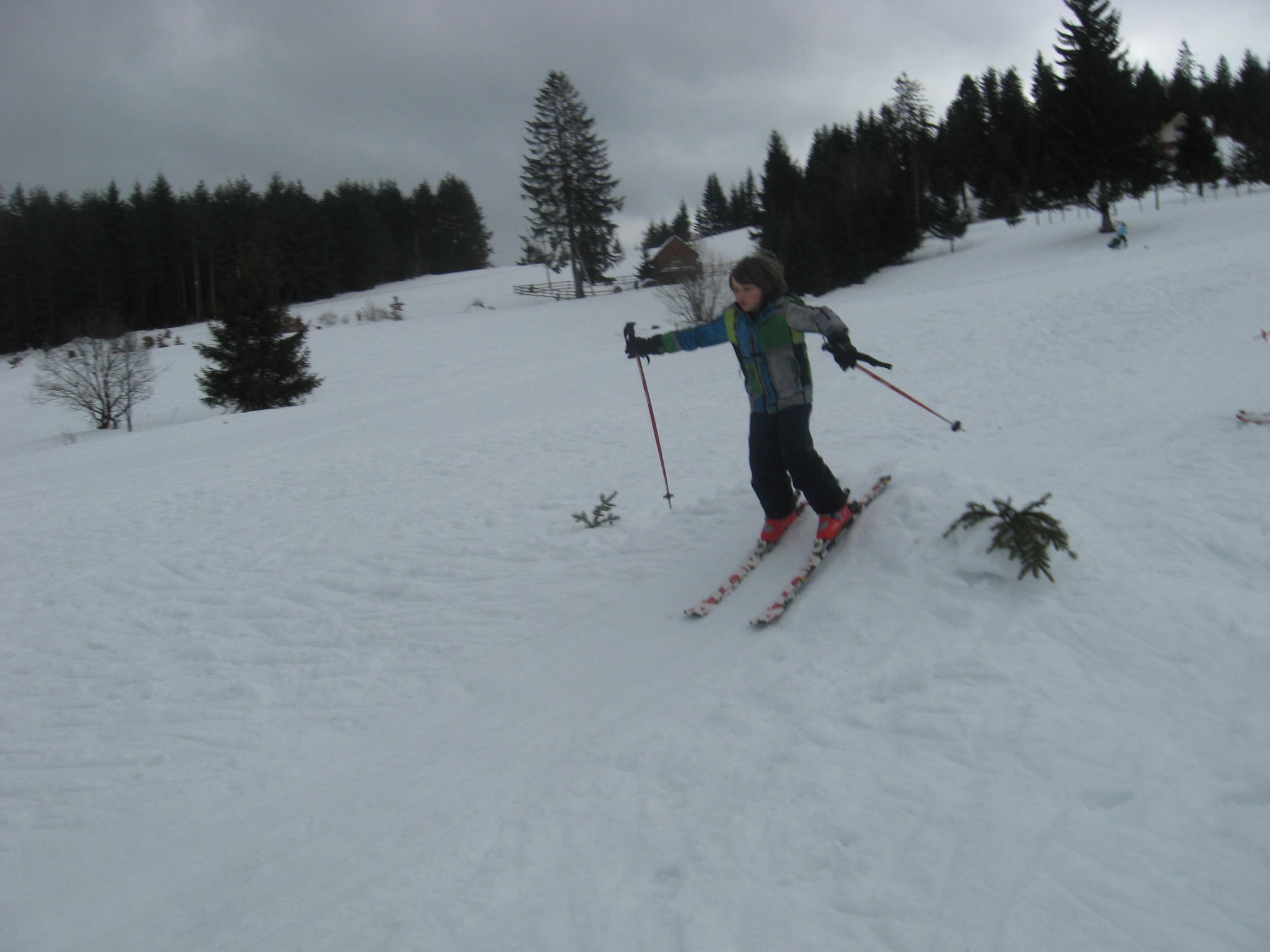 Школа скијања: први спуст на Јабуци