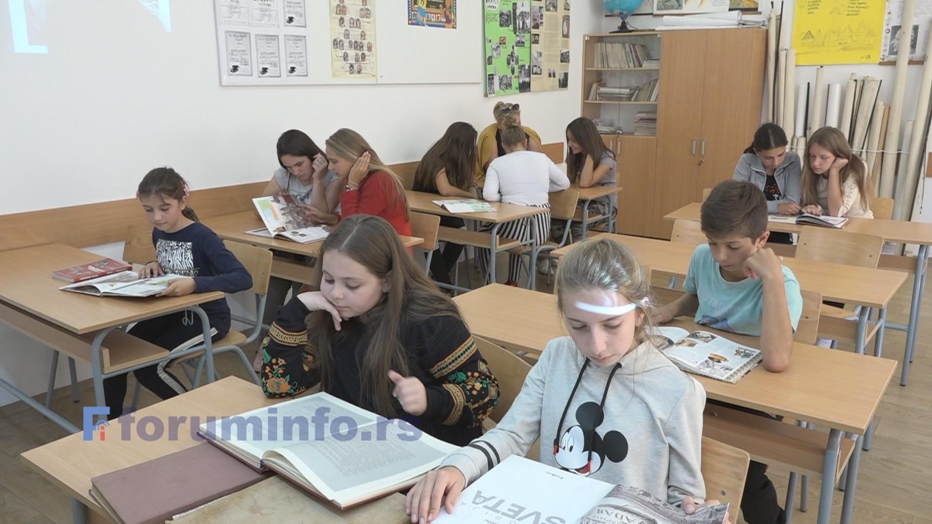 Завршетак наставе за основце и средњошколце крајем маја – Нема враћања у учионице