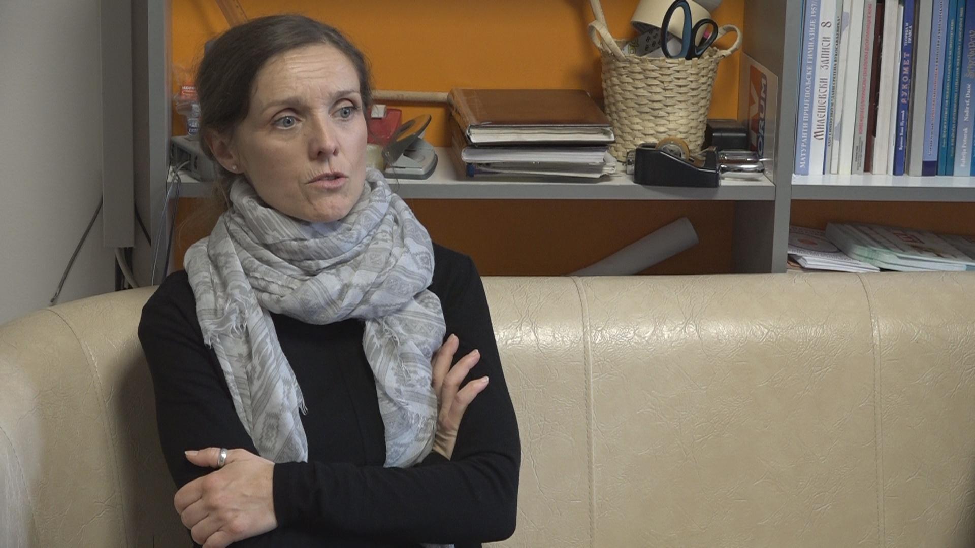 Вера Јовановић: Србији недостају тумачи за знаковни језик