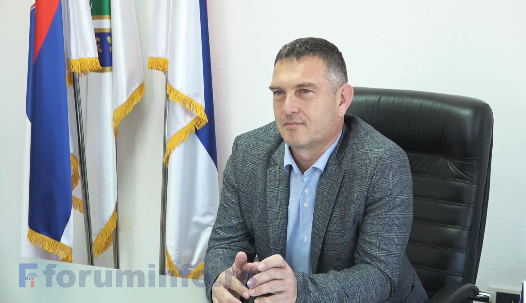 Владимир Бабић, председник Општине: Нисмо најспремније дочекали снег, али смо брзо реаговали и очистили путеве