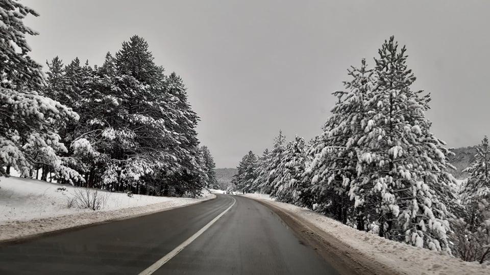 Снег у Пријепољу – Путеви проходни, прекиди у снабдевању електричном енергијом