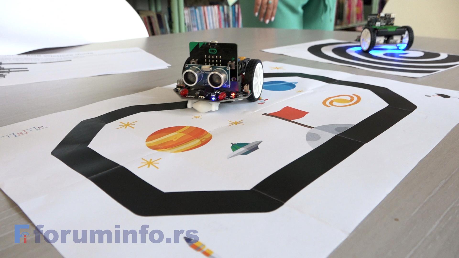 Библиотека у Пријепољу добила три мини робота