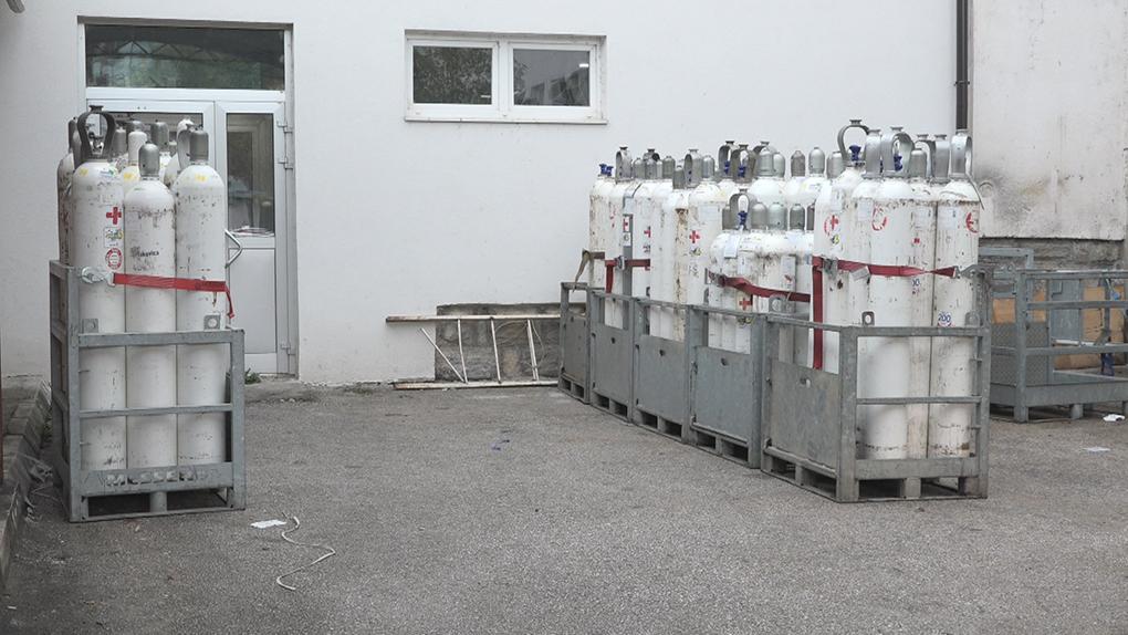У време пандемије: Општa болницa Пријепоље без система за производњу и дистрибуцију медицинског кисеоника