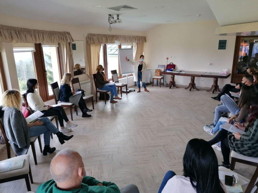 Етичко извештавање о насиљу према женама – Неопходна едукација уредника и уредница